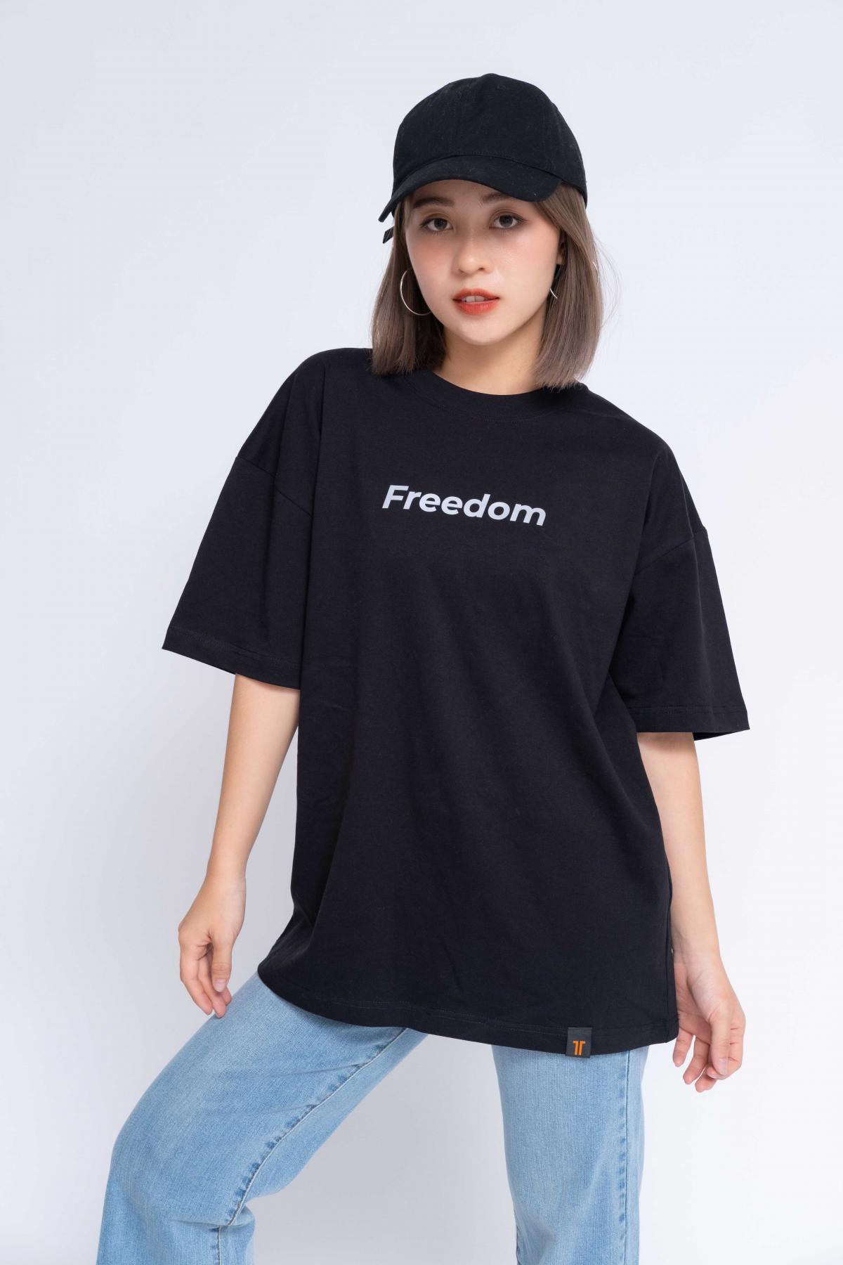 Áo Thun Oversized Nữ Freedom Reflection #0