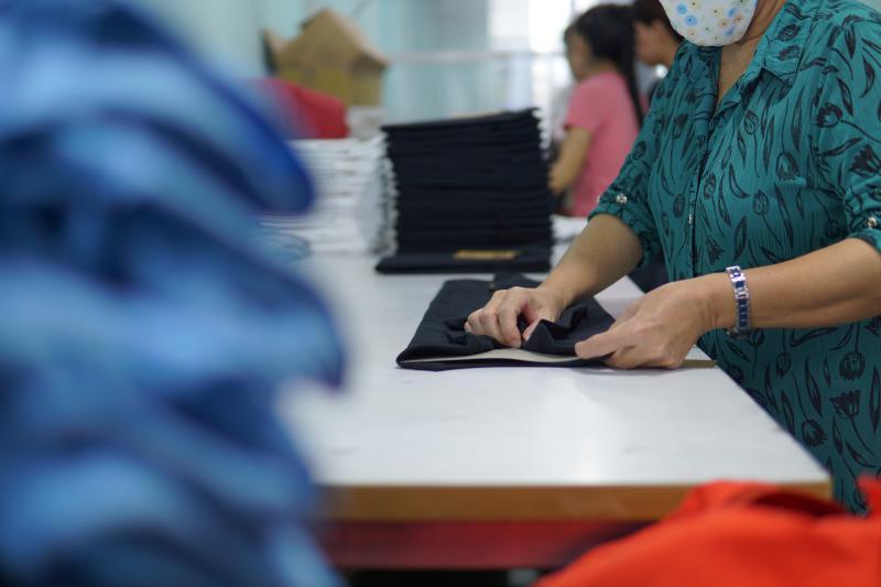 may in dong phuc vietnam clothing 1.jpg